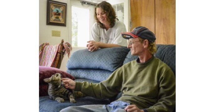 cat-saves-couple-carbon-monoxide