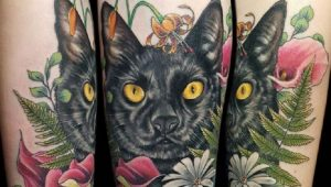 25 Cat Parents Who Tattooed Their Pets On Their Bodies To Show Their Love [GALLERY]