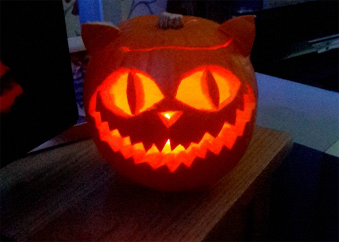 cheshire cat halloween pumpkin